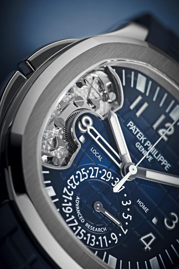 Patek Philippe Aquanaut Travel Time Ref 5650G - dial CU